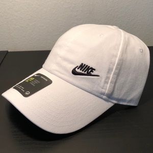 8580af5be495b Nike Accessories - Nike Women s Futura Classic H86 Hat one size